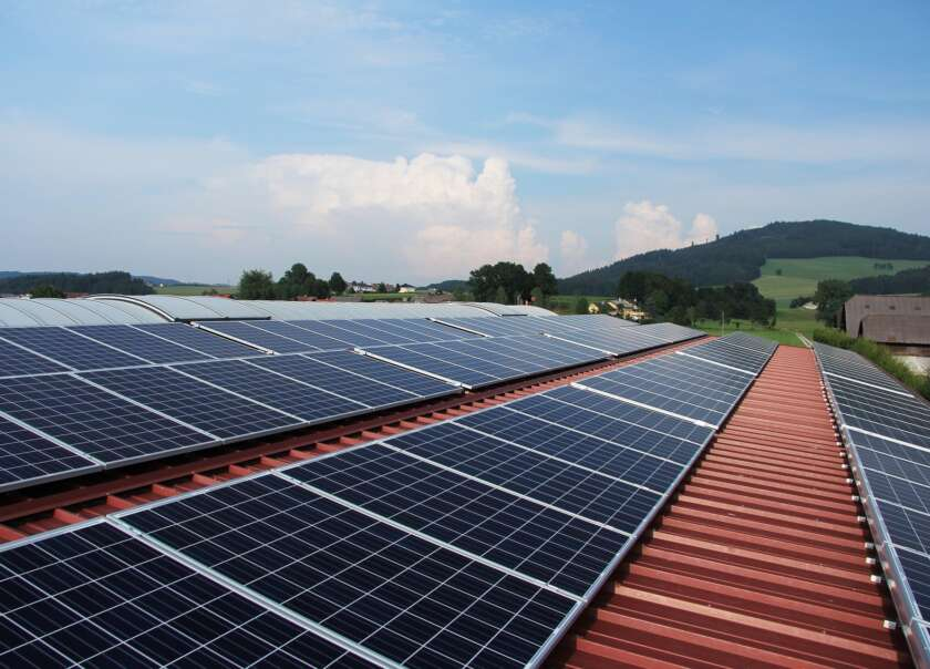 Switching to Sunlight: What to Look for in Solar Panel Companies
